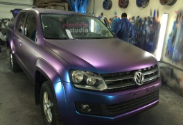 VW Amarok Space Pride в  plastidip